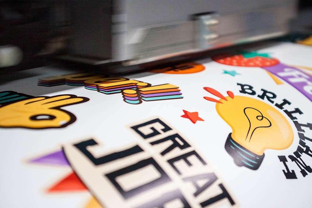stampa etichette personalizzate adesive